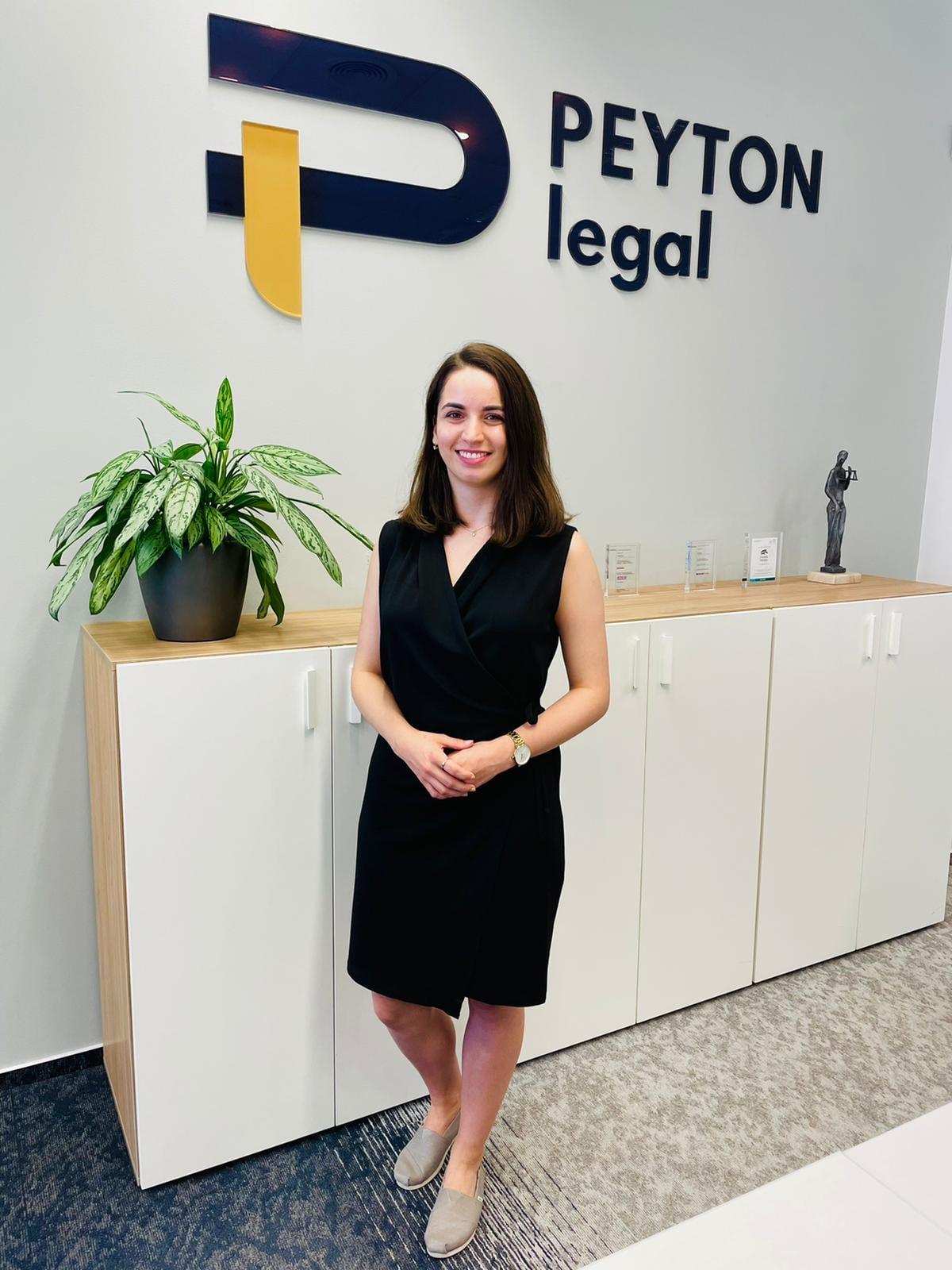 Daniela Chvátalová - nová koncipientka PEYTON legal 1